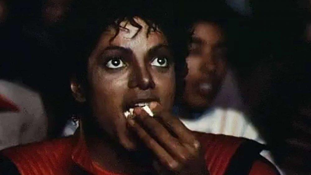 Michael-Jackson-Popcorn-GIF-Meme-Feature-StudioBinder.thumb.jpg.ed13a7740b54bf32e92b257e40e98ab2.jpg